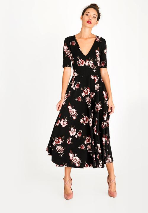 5594c863fa60 Fit and Flare Maxi Dress Floral STYLE REPUBLIC Formal | Superbalist.com