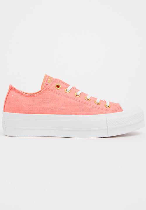6e81483fcbc Chuck Taylor All Star Lift Sneakers Pale Pink Converse Sneakers ...