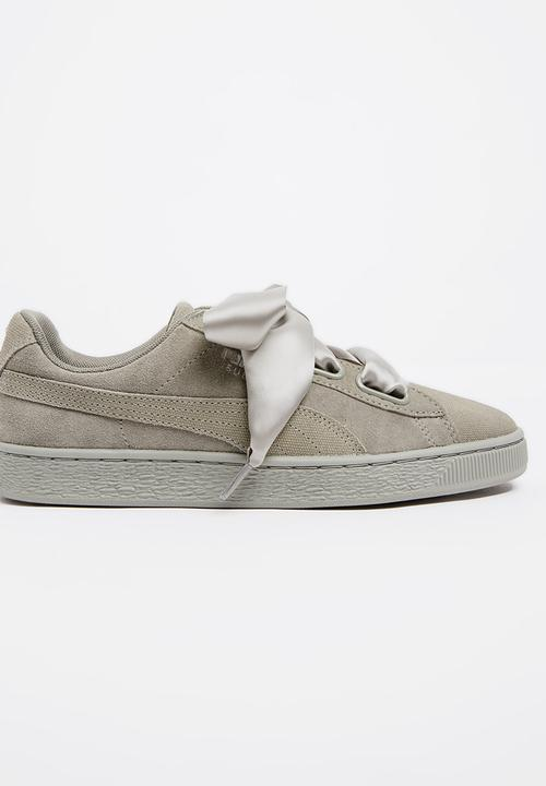 big sale 4532d d9c75 Puma Suede Heart Pebble Sneakers Grey