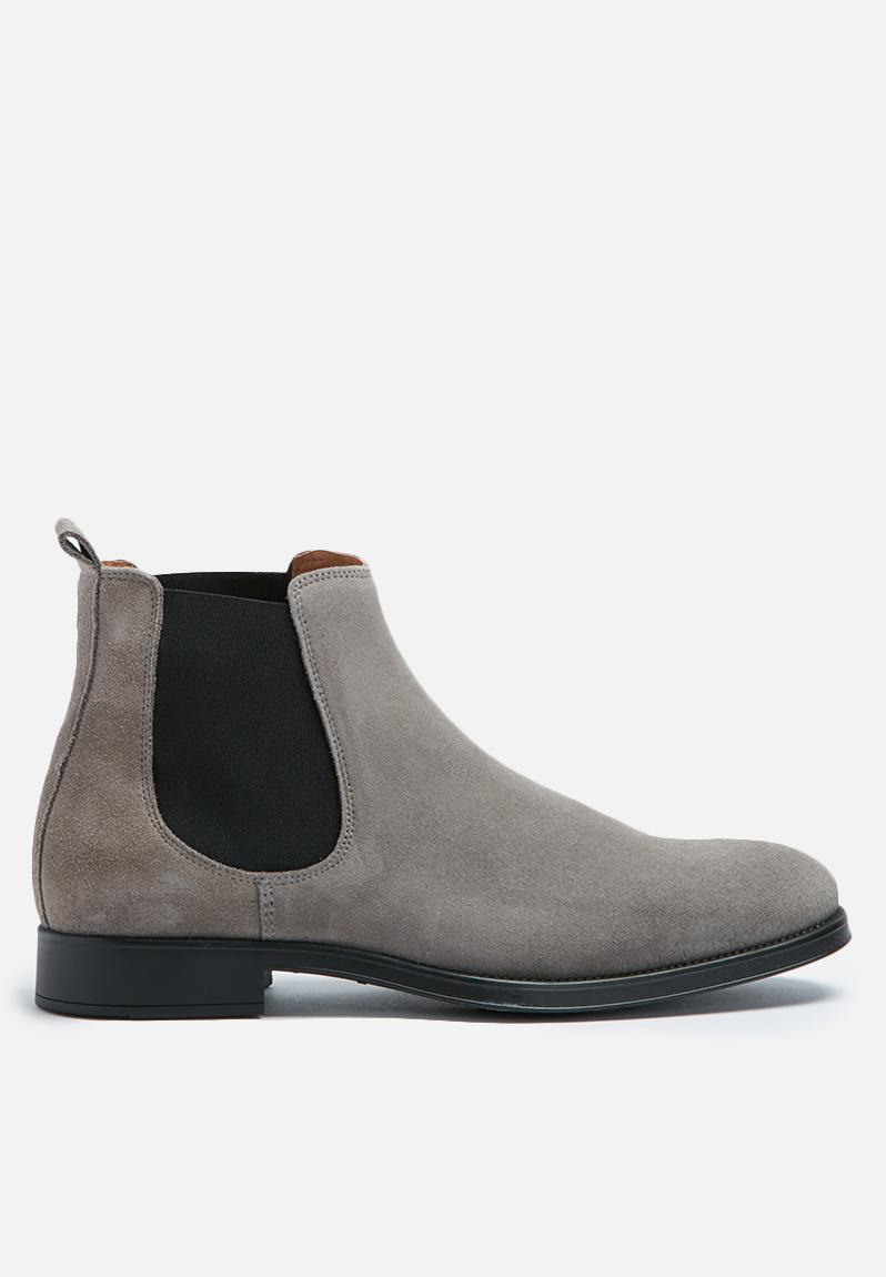 oliver new suede chelsea boot grey selected homme boots. Black Bedroom Furniture Sets. Home Design Ideas