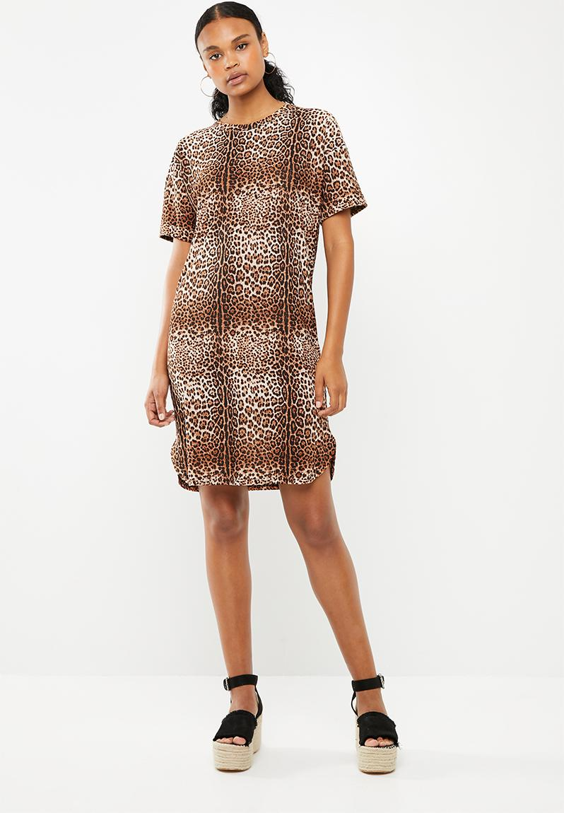 12e74b4c6779 Plain T-shirt dress with rolled sleeve - leopard print Superbalist Casual