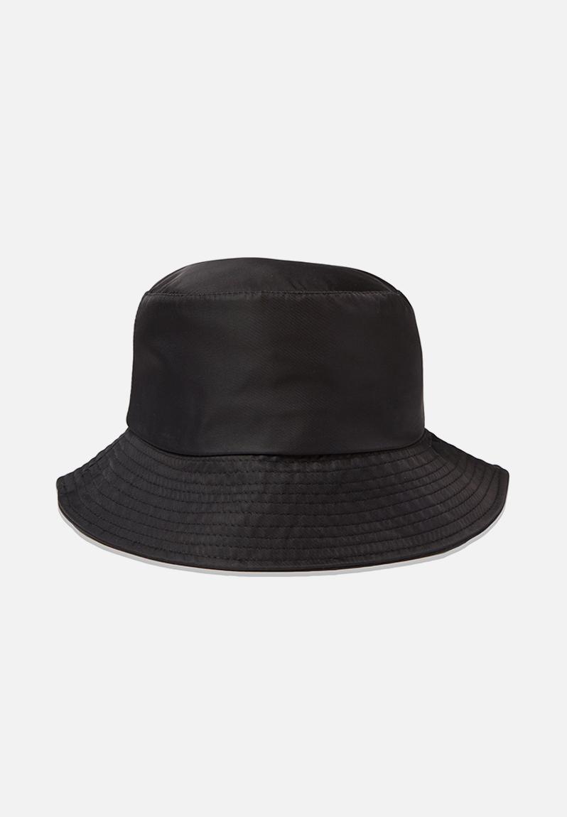 Bella bucket hat - black nylon Cotton On Headwear  3b4be673985