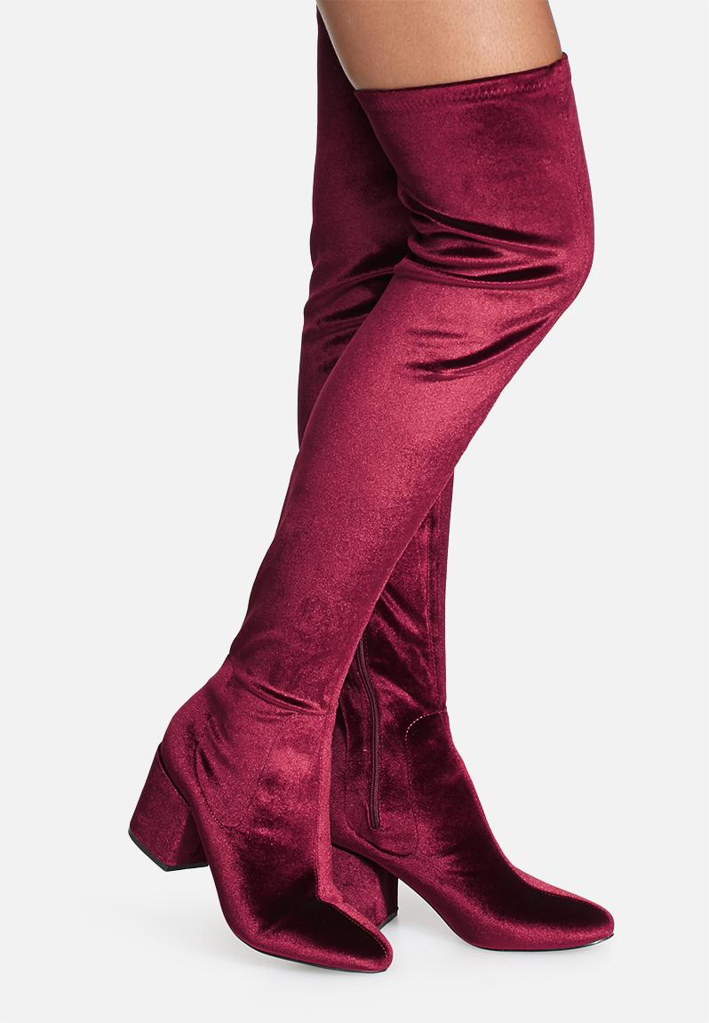 be4c39520533 Penny velvet over the knee - red Daisy Street Boots