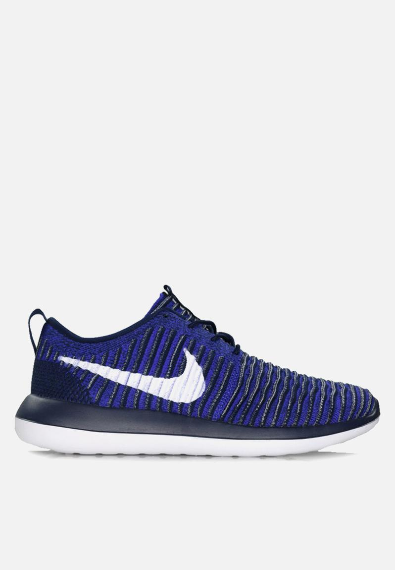 cf89cab024ac Nike Roshe Two Flyknit - 844833-402 - College Navy   White   Paramount Blue  Nike Sneakers