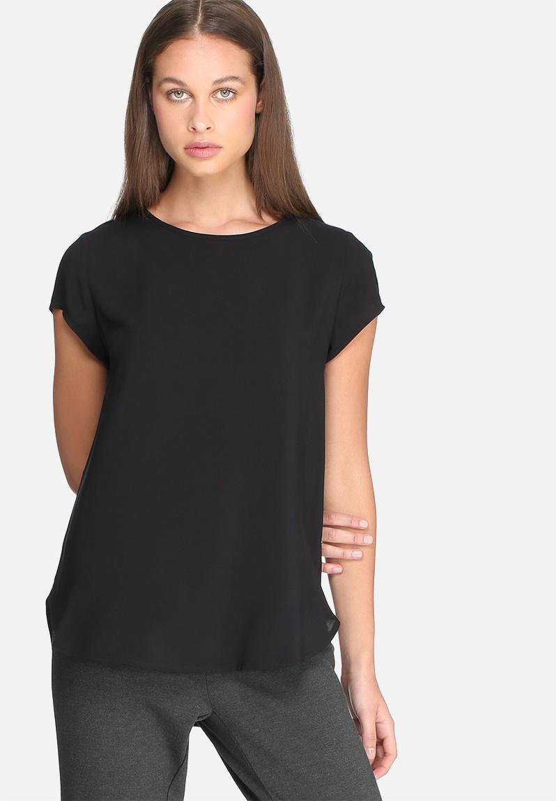 Roper® Womens Red Paisley Short Sleeve Snap Western Shirt