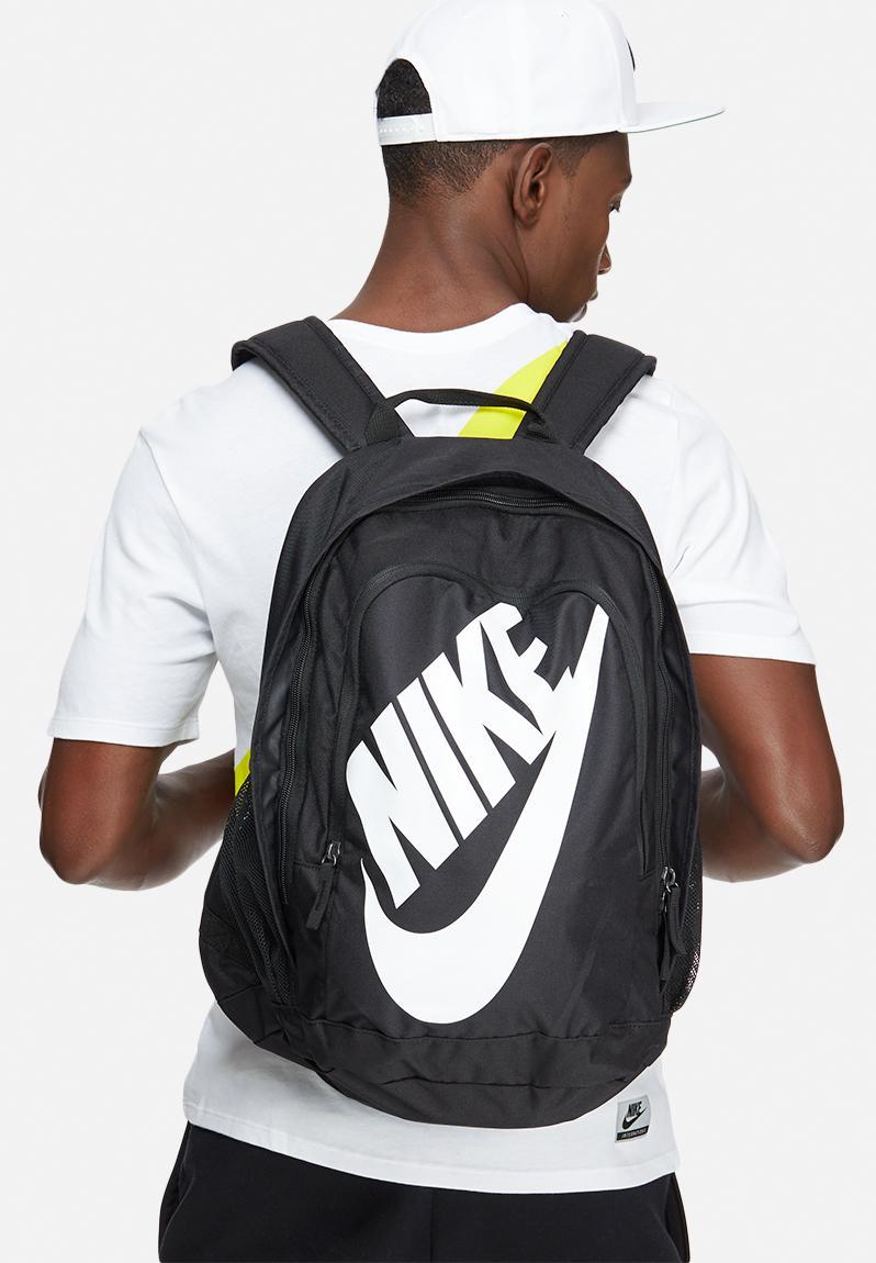 a50ceb9a5b17 Nike hayward futura 2.0 - solid-black Nike Bags   Wallets ...