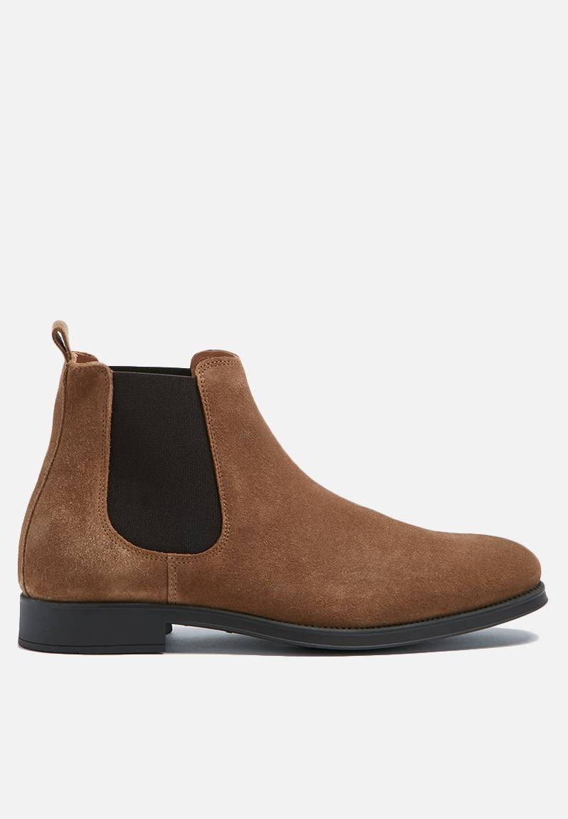 oliver new suede chelsea boot tan selected homme boots. Black Bedroom Furniture Sets. Home Design Ideas