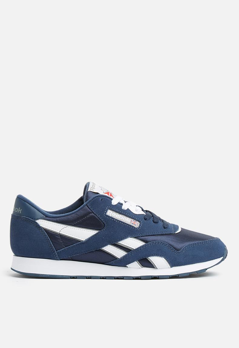 f7557f70fa6 Cl Nylon - Team Navy  Platinum Reebok Classic Sneakers