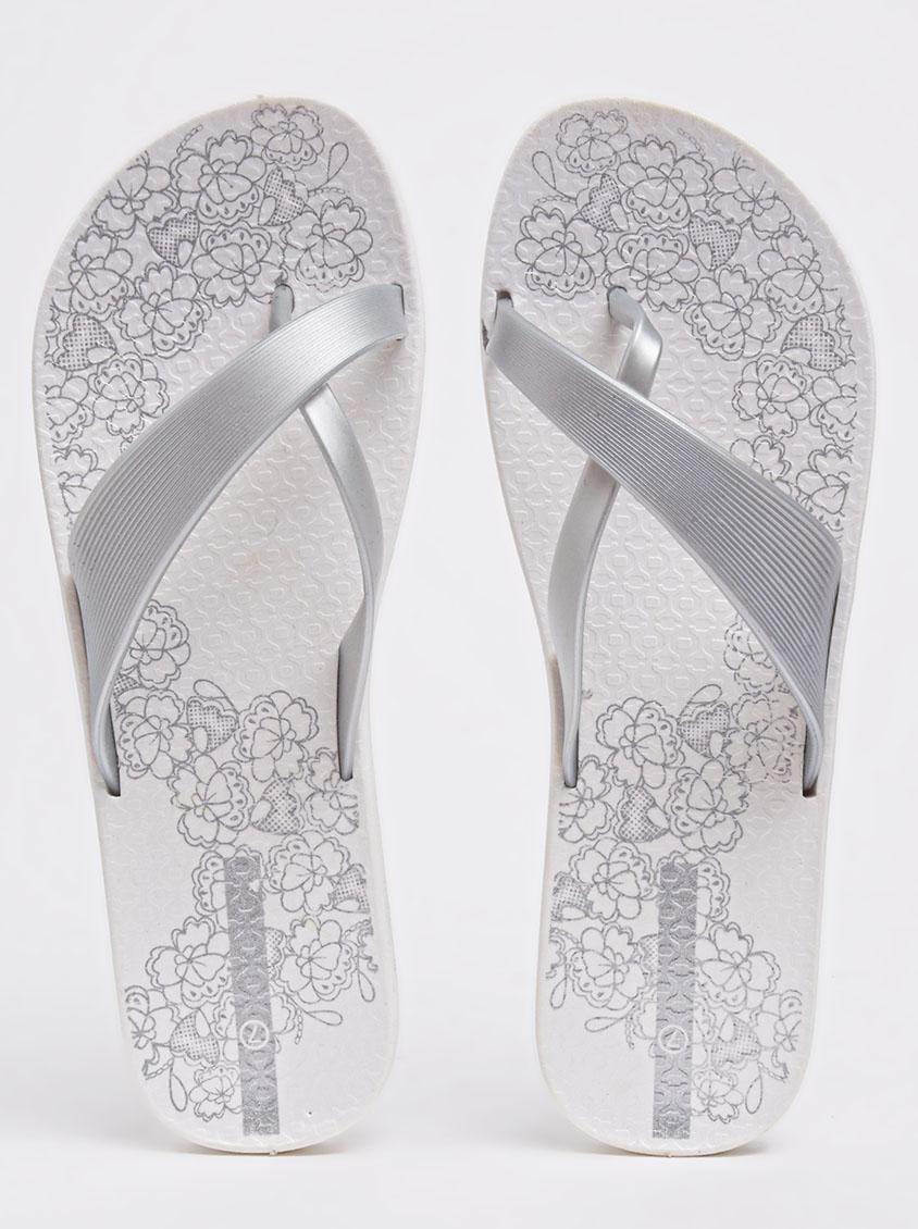46ae68bb7f4a Crossover Flip-flops Silver 2 Surf Sandals   Flip Flops ...