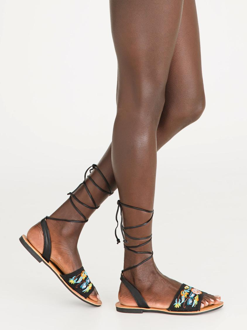 F3600970 (Double Buckle Caged Heeled Sandals) - BLACK
