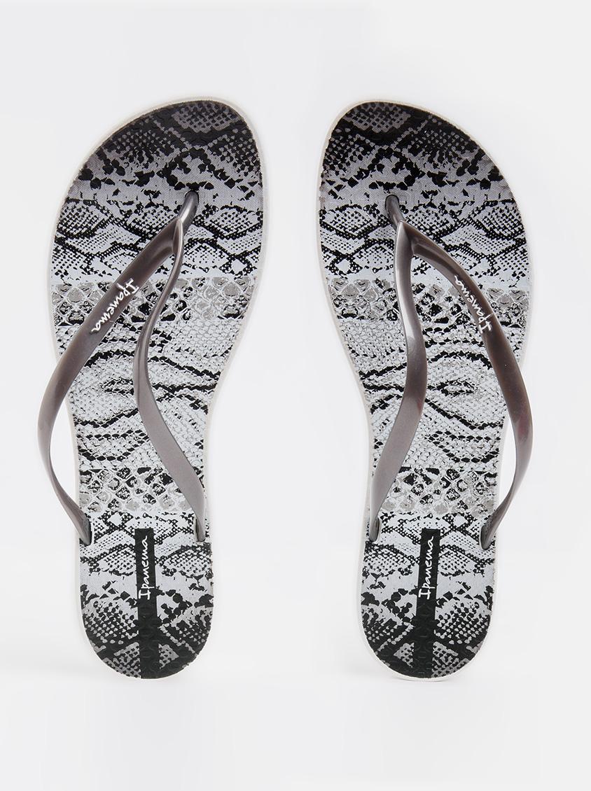 26df77aadef9 Wave Print Flip-flops Dark Grey Ipanema Sandals   Flip Flops ...