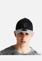 New Era - 39THIRTY Crackle Yankees
