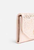New Look - Lace Flapover Purse
