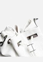 New Look - Metal Clip Duffle