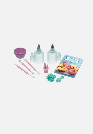 Sweetly Does It Cupcake Set