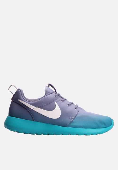 premium selection 93771 c6b82 Women's Nike Roshe Run Print