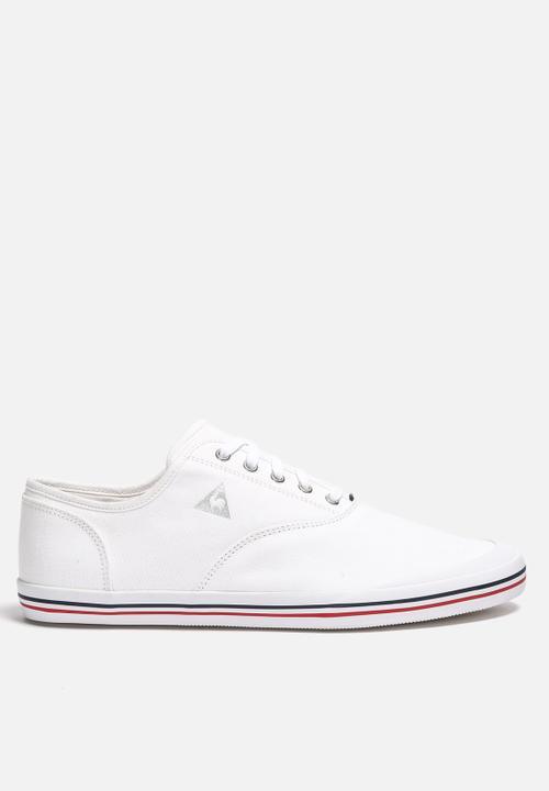2ba88fe4b36a Grandville CVO CVS – White Le Coq Sportif Sneakers