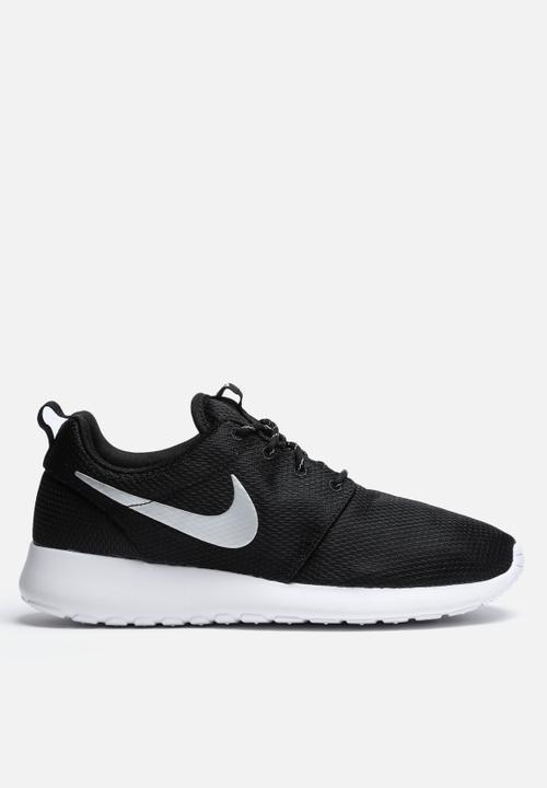 7766914853ff2 Nike Roshe One - 511882-094 - Blk   Metallic Platinum   White Nike ...