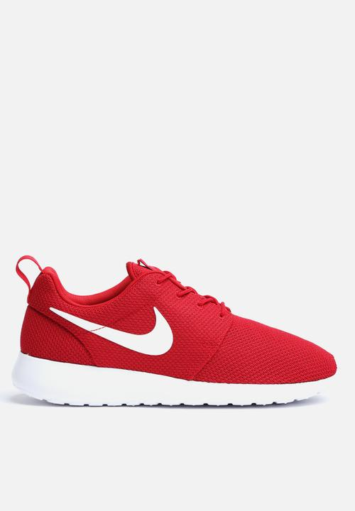3a0eaf109763 Roshe Run - 511881-612 - Gym Red   White Nike Sneakers