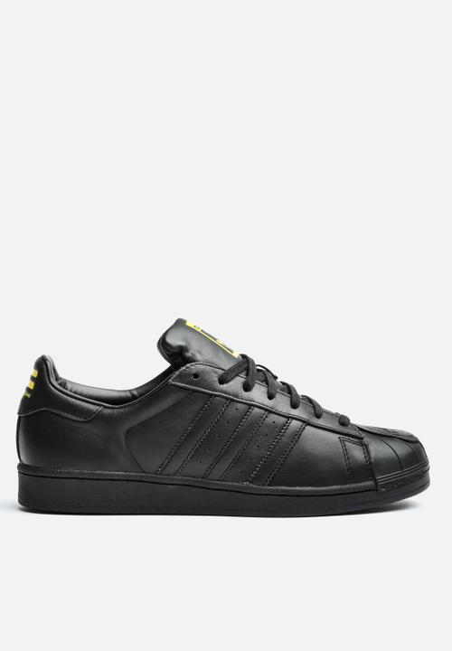 0bf7a783410c6 Superstar Pharrell Supershell adidas Originals Sneakers ...