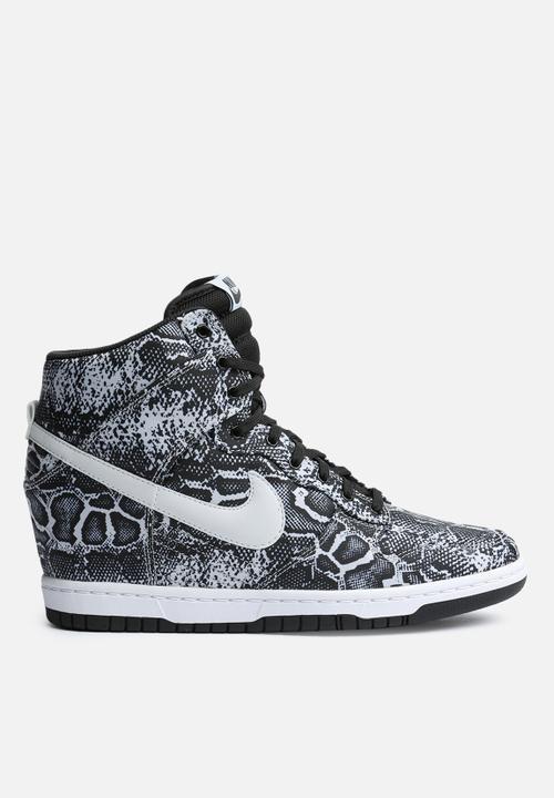 buy online 0f774 19fd1 Nike - Dunk Sky Hi Print
