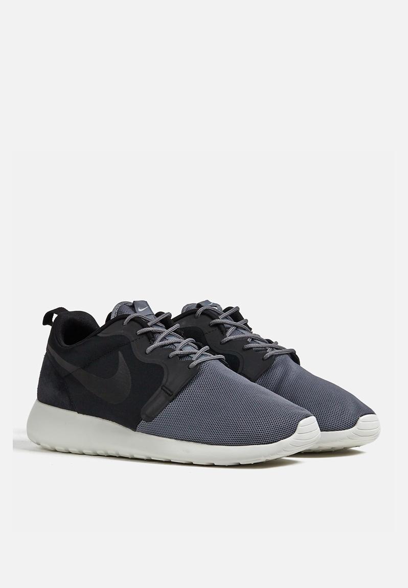 nike roshe run hyperfuse qs � black amp grey nike sneakers